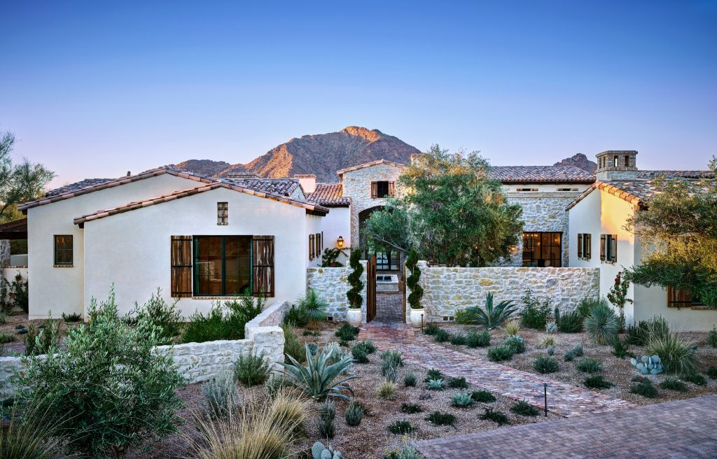 Mediterranean Villa Luxury Home in Paradise Valley
